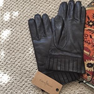 c641ad9717a NWT Cole Haan Chestnut 🌰 Brown Leather Gloves.